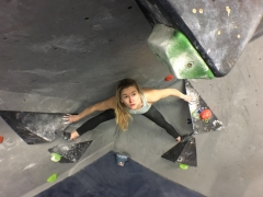 World Cup Bouldering Champion SHAUNA COXSEY partners with ENTRE-PRISES to promote Climbing for all